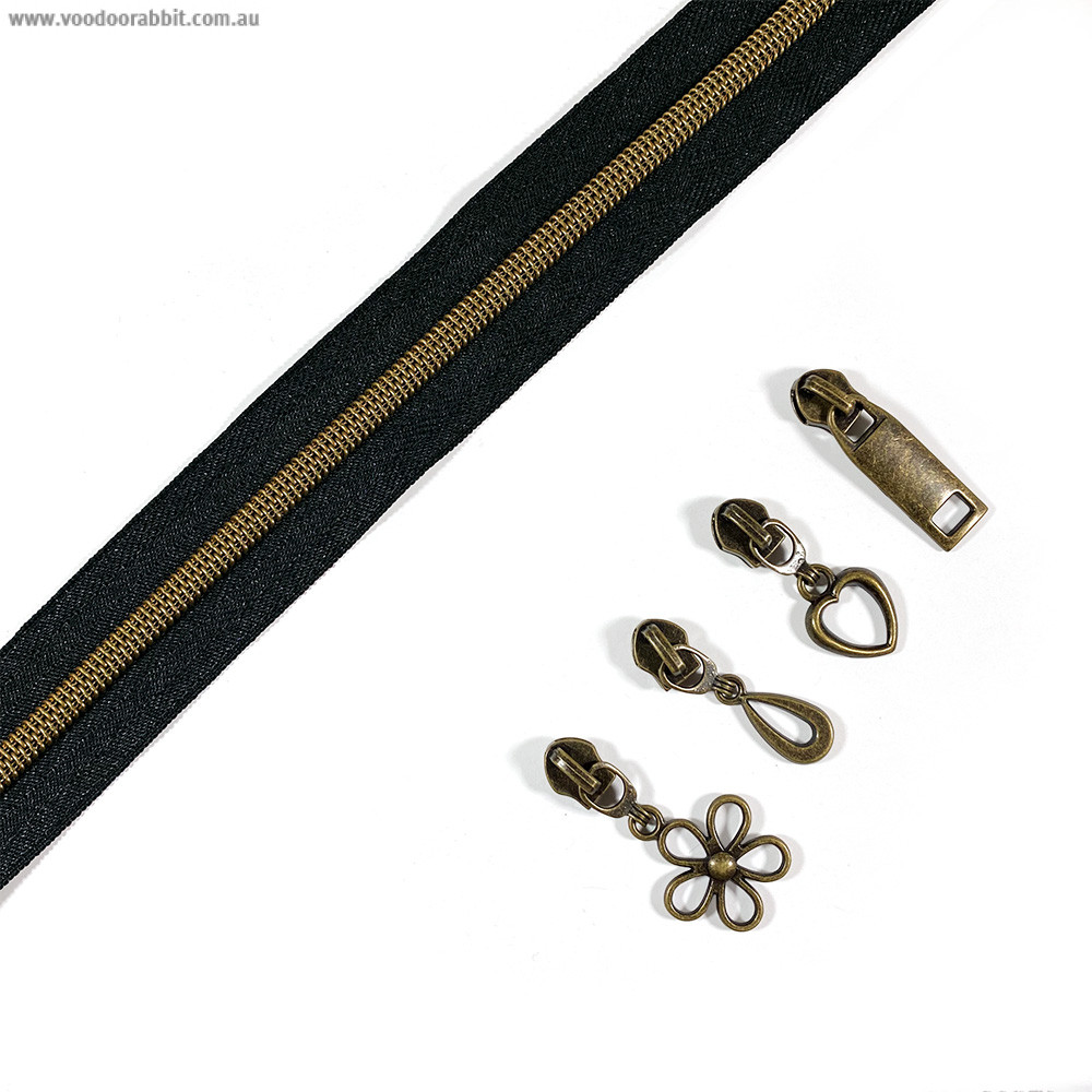 """Voodoo Bag Hardware (Size #5) Handbag Zipper Black Tape with Antique Brass Teeth 3m (157"""") with 12 pulls - Mix Pack"""