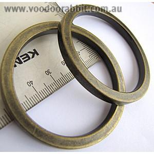 """Voodoo Bag Hardware Flat O-Rings 52mm  (2"""") Antique Brass - 2pk"""