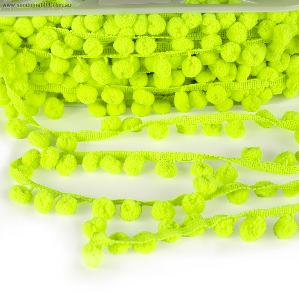 Pom Pom Trim Regular Lime Green