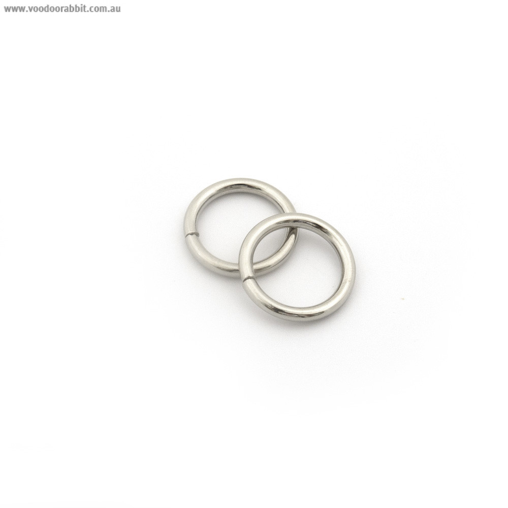"""Voodoo Bag Hardware Wire O-Ring 15mm (5/8"""") Silver - 4pk"""